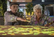 Social interaction with dementia